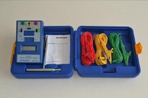 Digital Earth Resistance Meter (เครื่องวัดระบบล่อฟ้าแบบลง Ground 1 แท่ง)